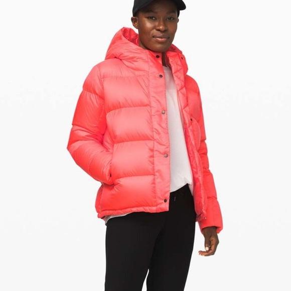 Lululemon Wunder puff jacket flare